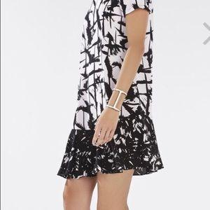 BCBG MAXAZRIA   BAILEE DRESS   Size Small